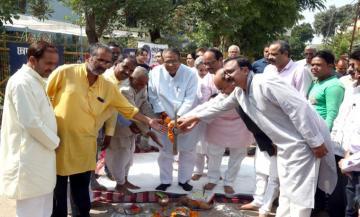 राजस्व मंत्री श्री गुप्ता द्वारा निर्माण कार्यों का भूमि-पूजन