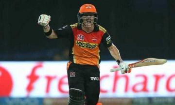 सनराइजर्स बनी आईपीएल की नई चैंपियन, आरसीबी को ८ रन से हराया