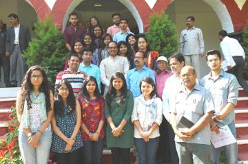 मुख्यमंत्री श्री शिवराज सिंह चौहान से टेरी विश्वविद्यालय के विद्यार्थियों ने भेंट की।